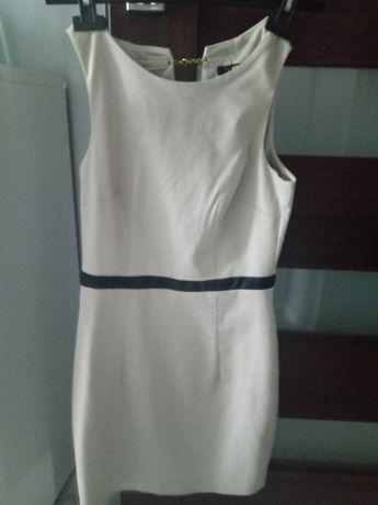 Beżowa sukienka xs