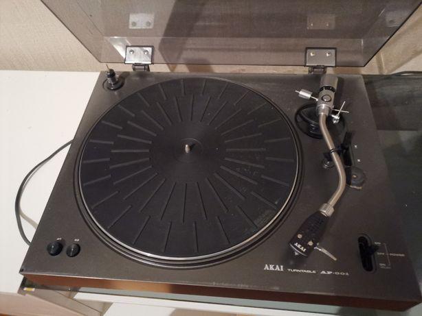 Gramofon Akai ap001