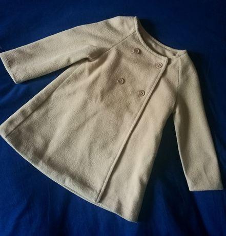 Демисезонное пальто для малышки р. 92