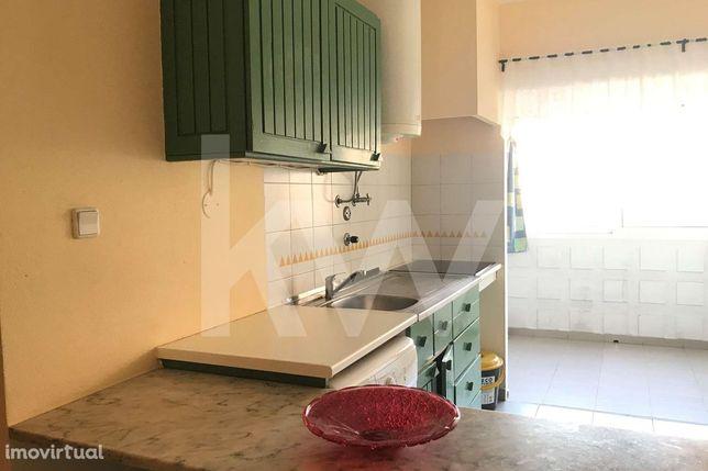 Apartamento - Edifício Clube Praia da Rocha III