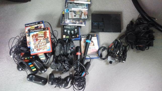 Konsola PS2 z dodatkami