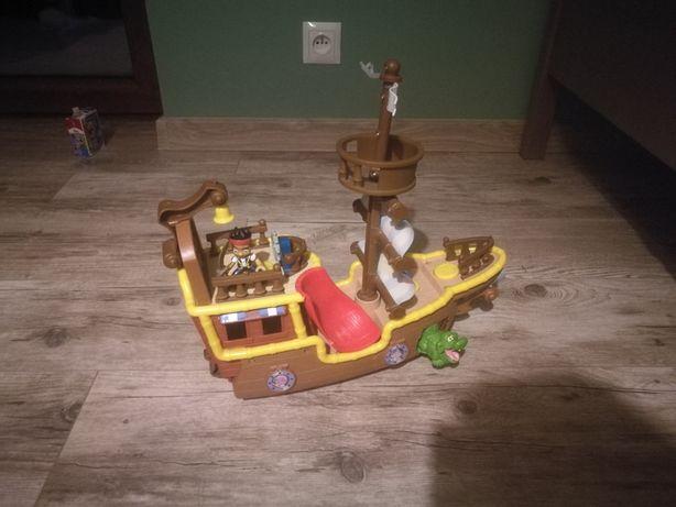 Statek z Piratów z Nibylandii