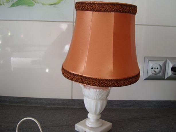 Lampka nocna z marmuru