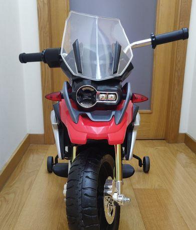 Moto a bateria BMW