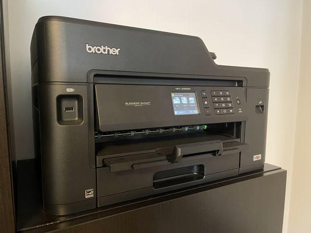 Impressora Multifuncões Brother.