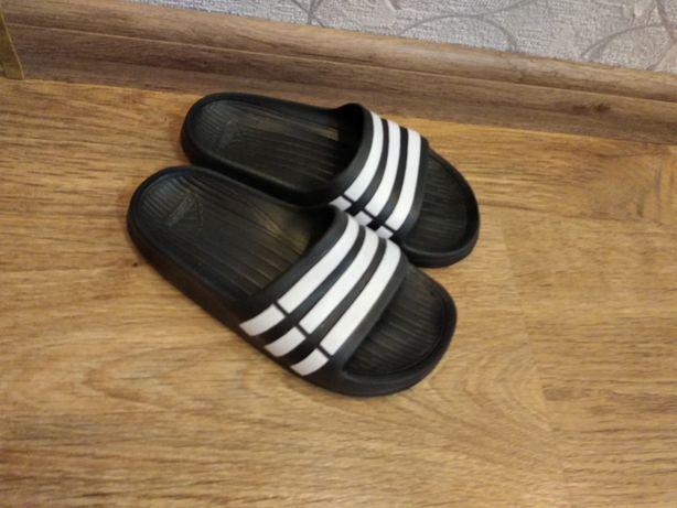 Шлепки сланцы Adidas K 11,12