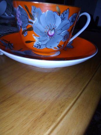 Чашка с блюдцем с декоративной росписью