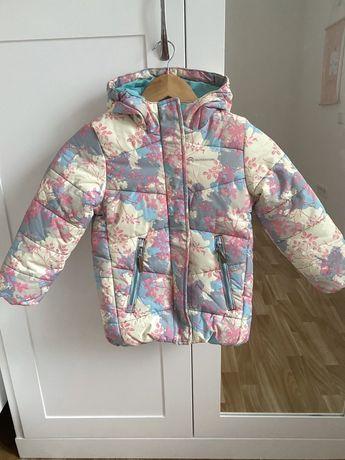 Продам новую зимнюю куртку outventure