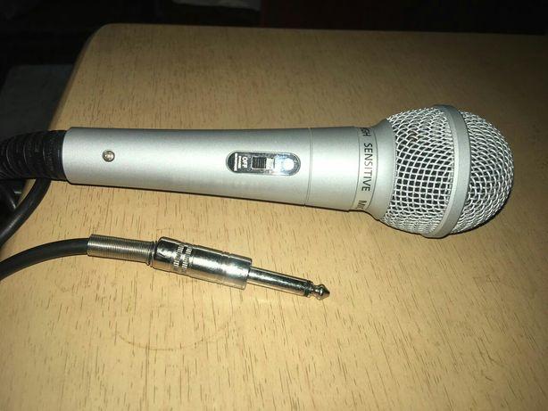 Продам микрофон.