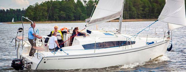 Czarter wynajem jachtu Mazury jacht Phila900 trzy kabiny