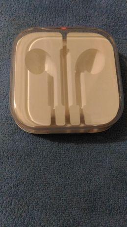 Коробка для наушников Apple