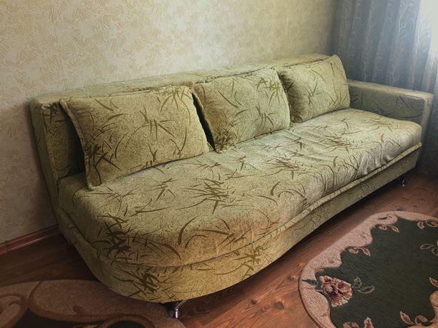 Продам диван в гарному стані , б/у.