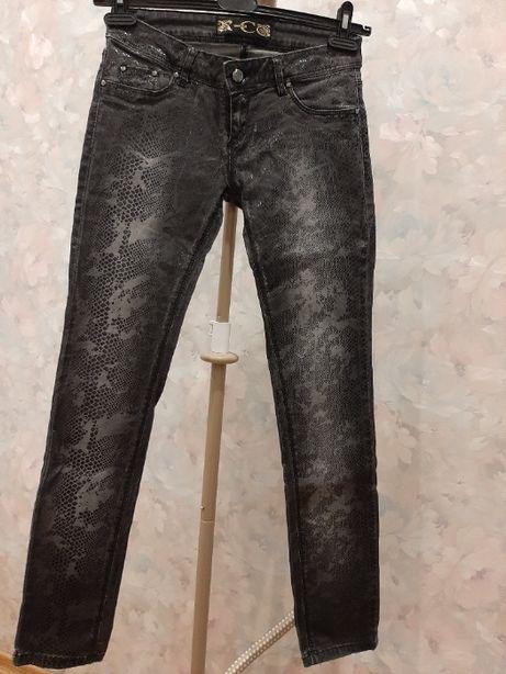 джинсы женские Roberto Cavalli