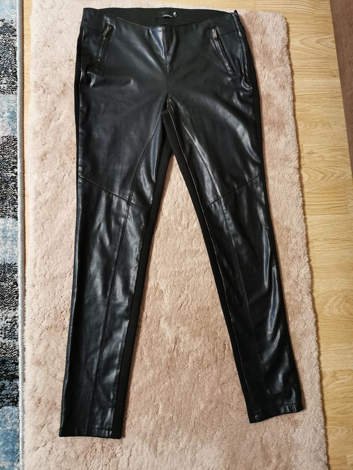 Spodnie czarne r. XL Lublin - image 1