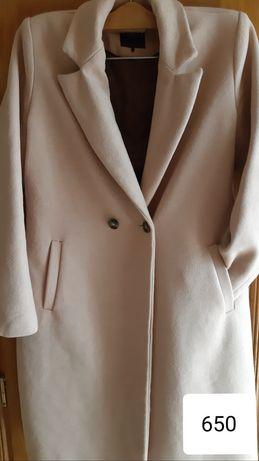 Продається демисезонне пальто