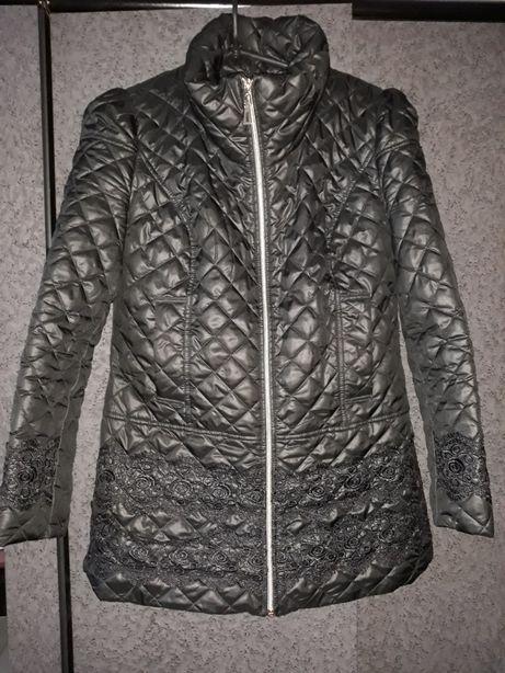 Продам стеганную куртку Gepur