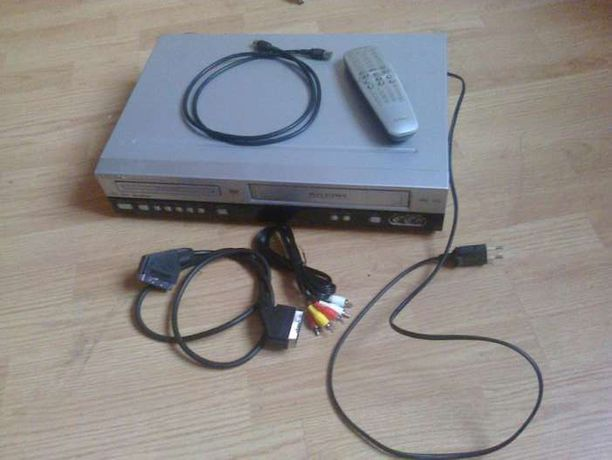 Odtwarzacz PHILIPS DVD755VR DVD Video\VCR Comri