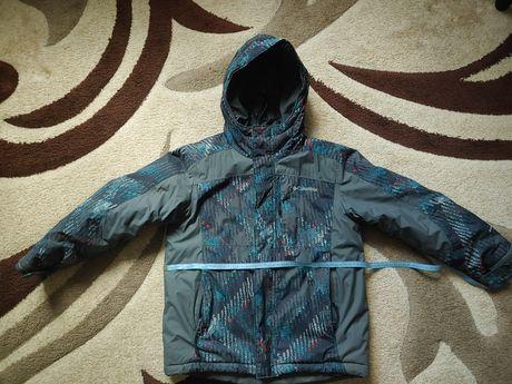 Продам зимнюю куртку Columbia, р.8