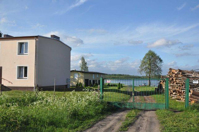 Dom oraz działki z dostępem do jeziora
