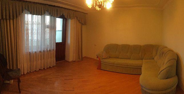 Продам 4-х кімнатну квартиру у м. Бурштин - Стуса