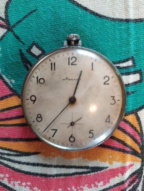 Продам старинные часы молния