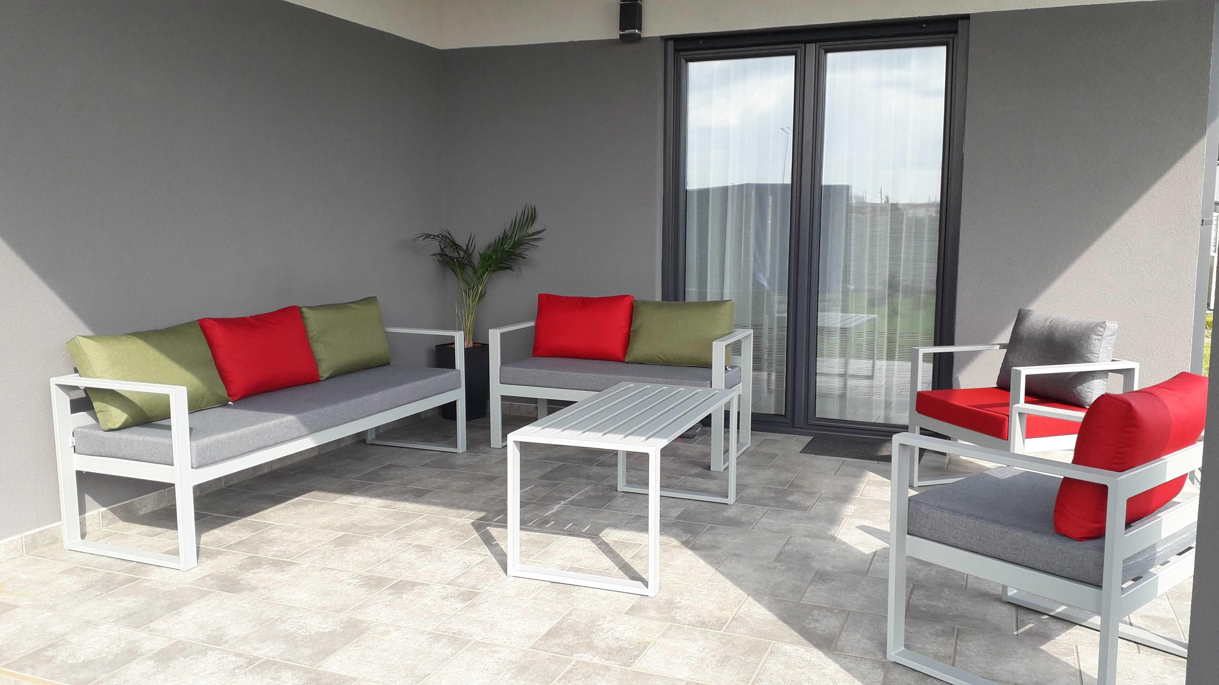 Meble stalowe (metalowe) na ogród + poduszki ogrodowe wodoodporne