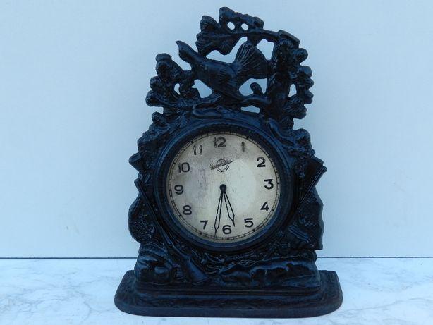 Часы Куса.Охота.1957 год.Рабочие.Смотрите описание.