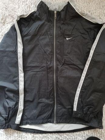 Wiatrówka marki Nike
