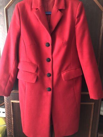 Женское пальто пальтишко