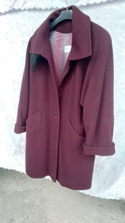 Krótki płaszcz damski