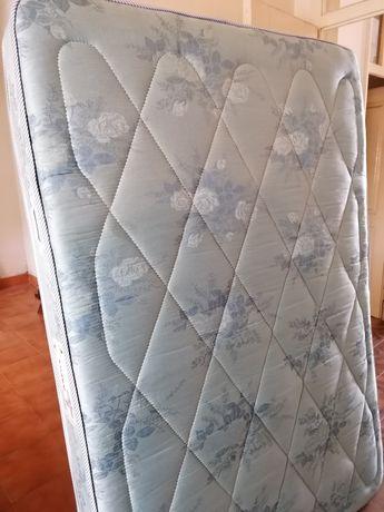 Colchão usado em bom estado 183X128