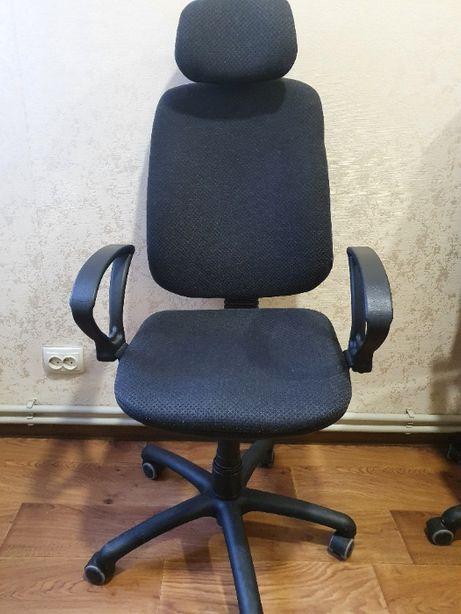 Кресло офисное (компьютерное)