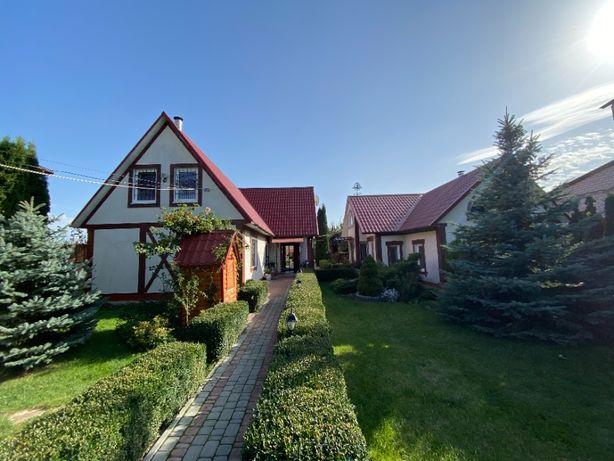 Продам два дома по цене одного с шикарным участком 13сот. в Бородянке.