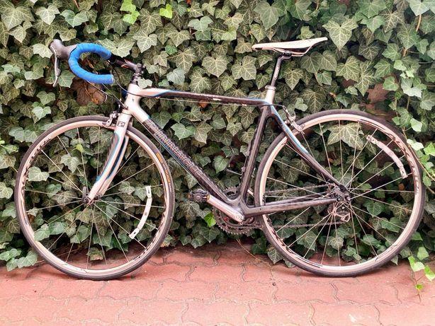 Rower szosowy Pinnacle karbonowy shimano