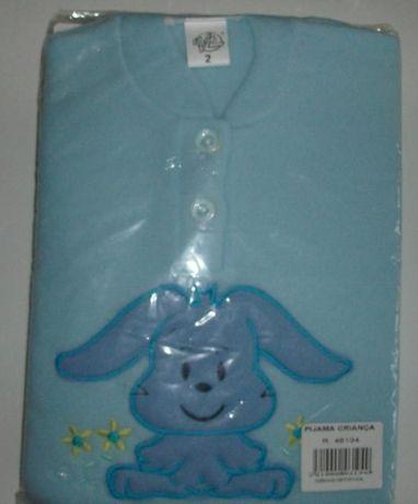 Pijamas de inverno para menina e menino