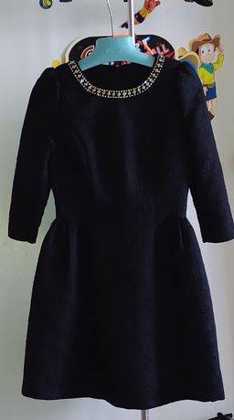 Красивое чёрное платье