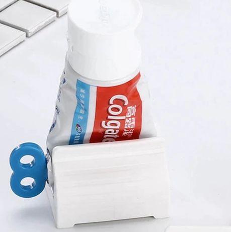 nowy wyciskacz do pasty do zębów