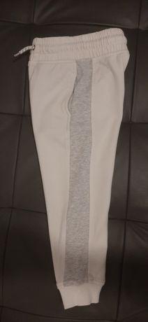 Spodnie dresowe Next roz. 104