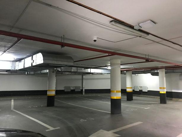 Сдам паркоместо в подземном паркинге возле м. Научная ЖК Бакулина 33