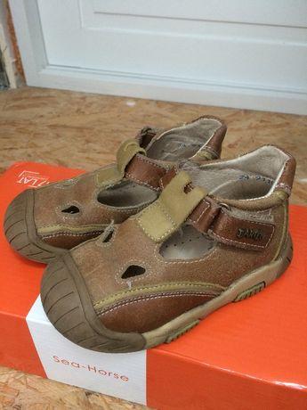 Buty sandały, butki sandałki dla chłopca firmy Bartek, rozmiar 24