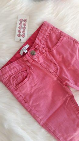 Nowe dżinsy dla dziewczynki na 4-5 lat