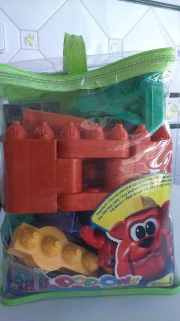 Brinquedo didático Mega Blocks Cidade Pop Onz (Fisher - Price)