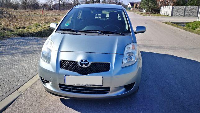 Toyota Yaris 1,3 2005r