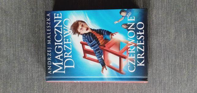 Magiczne Krzesło - Czerwone krzeslo