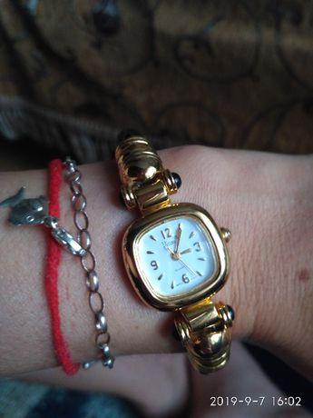 Очень красивые часы браслет сша vivani японский механизм
