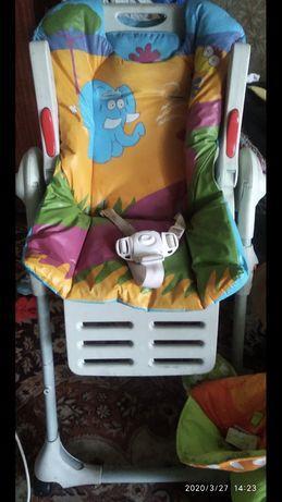 Продажа стульчик для кормление в хорошем состоянии