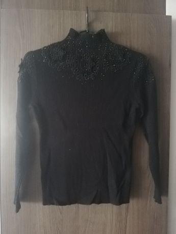 Czarny golf sweterek rozm M