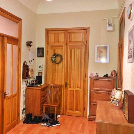 Продается 4-х комнатная квартира на Софиевская