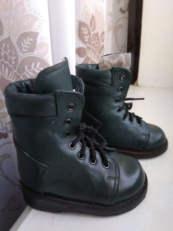Продам ортопедические ботинки сапоги