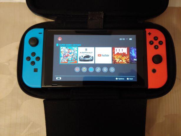 Przeedam konsole nintendo switcha 64 GB+Mega zest 4 gry naprawę warto